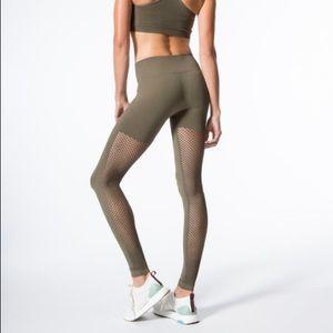 Carbon 38 mesh seamless olive legging